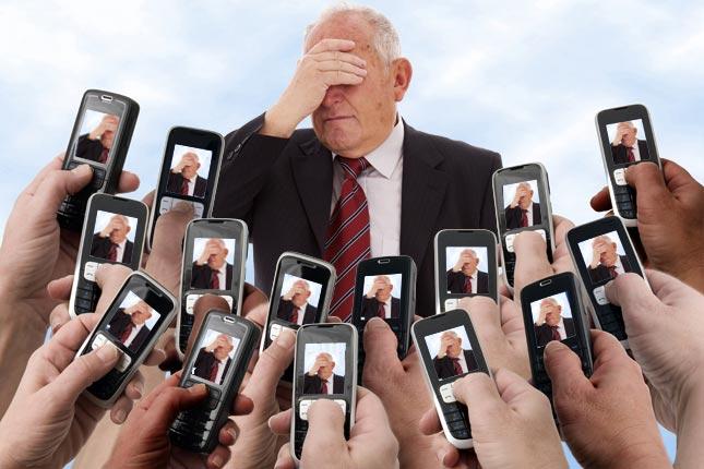 cellphone-paparazzi-#belicosa55