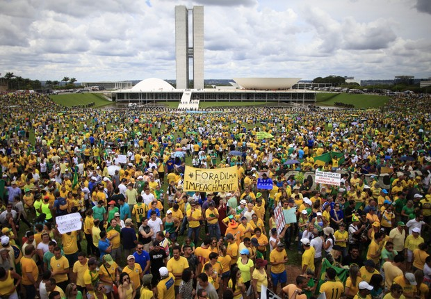 protesto-Brasil-#belicosa55